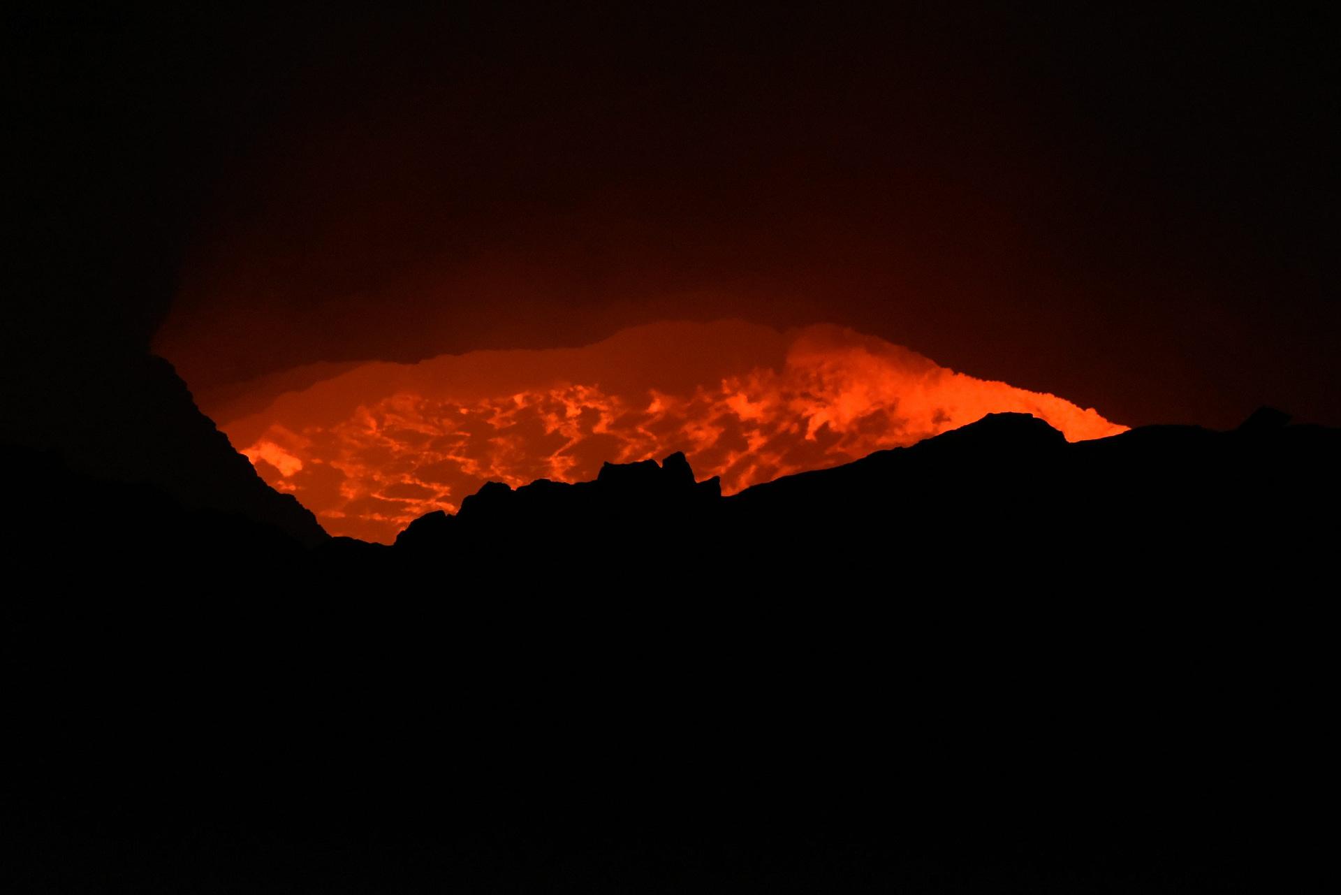 Bubbling lava - Masaya Volcano