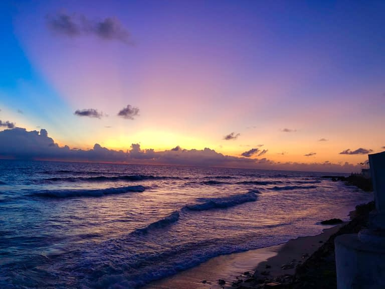 Isla Mujeres Sunrise, Money-saving tips for travelling around Mexico